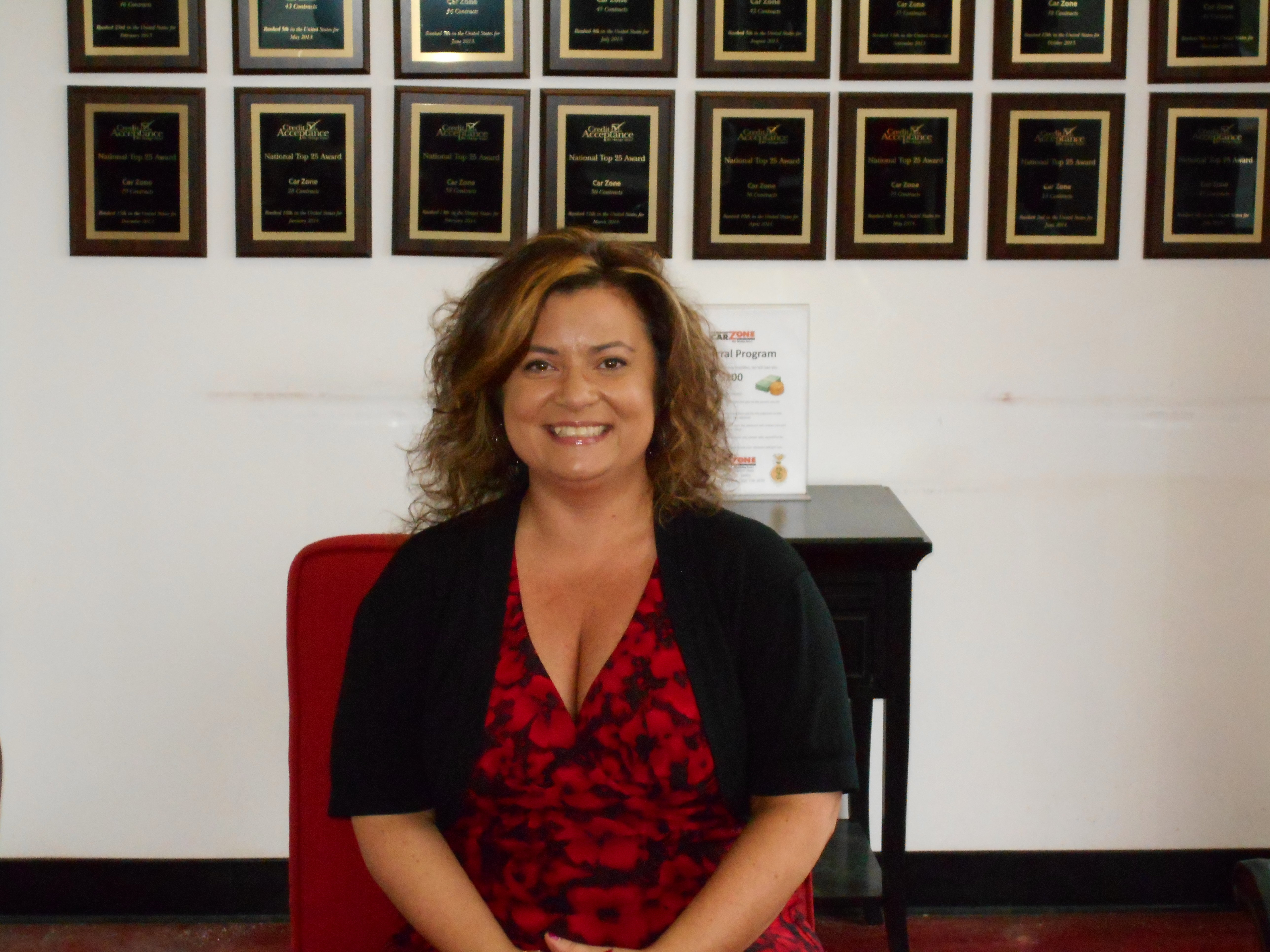 Veronica Gonzalez - Sales and Finance Specialist