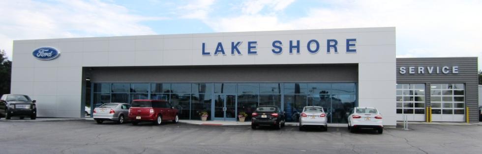 Lake Shore Ford showroom