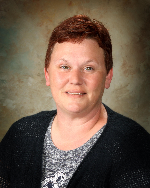 Karen Peeler - Receptionist/Cashier