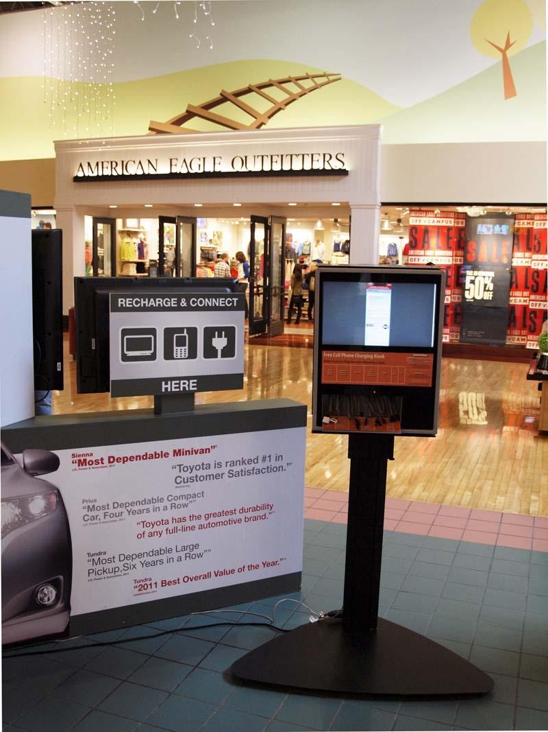 Kiosk Display in Mall