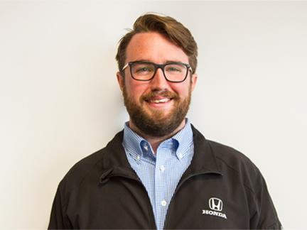 Alex Hoel - sales/leasing consultant