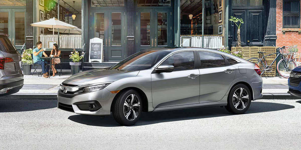 2018 Honda Civic vs Toyota Corolla