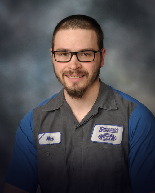 Nick Smidt - Service Technician FORD