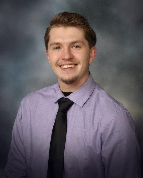 Taylor Hoenthaner - Service Advisor QUICKLANE