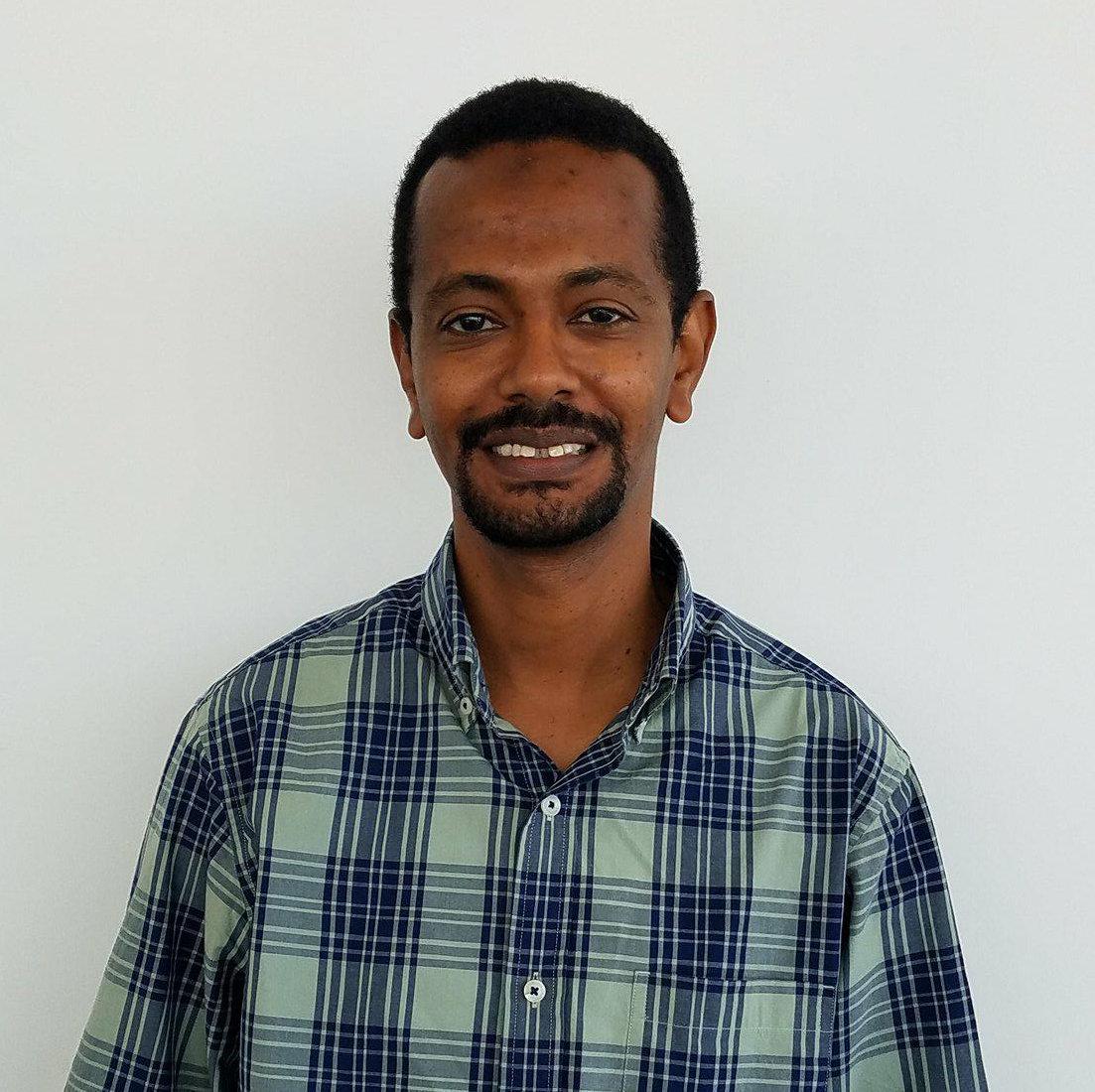 Yessir Abdelrhman - Sales